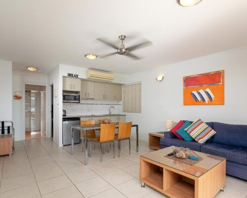 airlie-beach-1-bedroom-apartments (1)