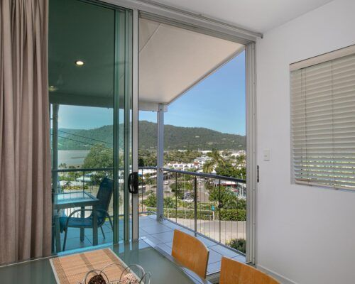 airlie-beach-1-bedroom-apartments (11)