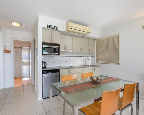 airlie-beach-1-bedroom-apartments (3)