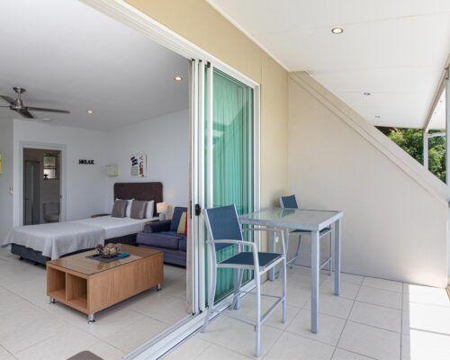 airlie-beach-studio-apartments (14)