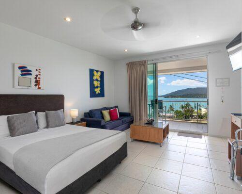 airlie-beach-studio-apartments (2)
